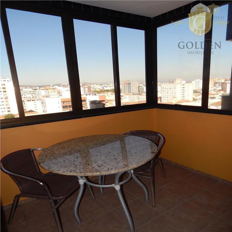 apartamento, no 7º andar com maravilhosa vista para o guaíba, parque da redenção, bairros bom fim,...