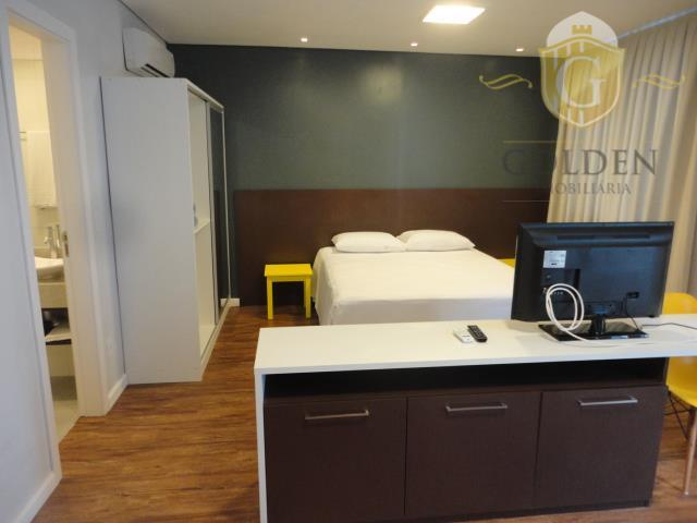 Apartamento residencial para locação, Centro, Porto Alegre - FL0072.