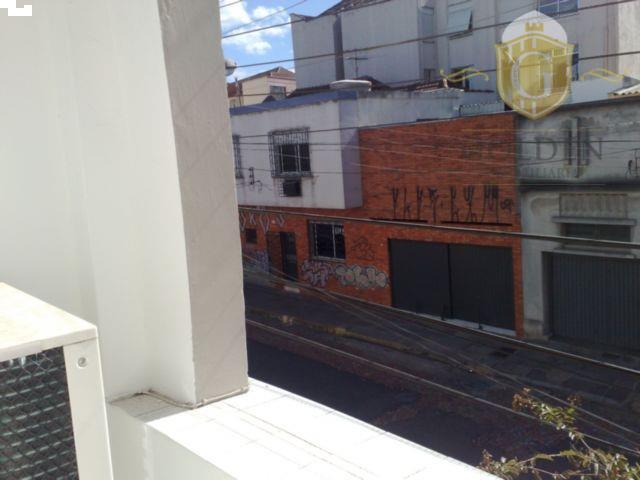 casa residencial no bairro cidade baixa, em rua calma, junto a redenção e a todos os...
