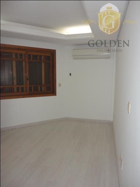 fina residencia em condomínio fechado de alto luxo, para pessoas exigentes, ótima localização, próximo ao colégio...