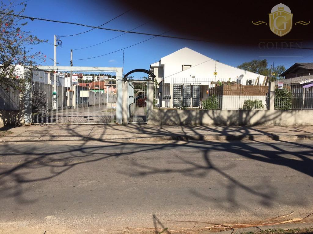 Casa/Sobrado três dormitórios à venda, Aberta dos Morros, Porto Alegre.