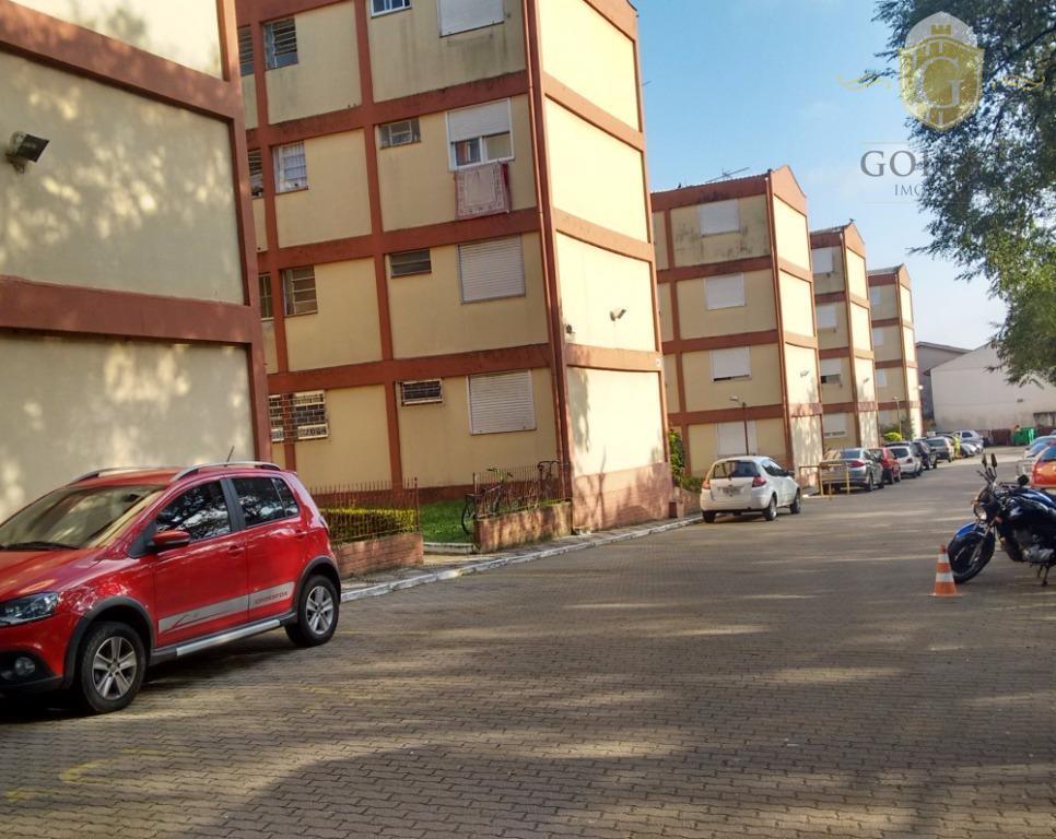 Apartamento residencial à venda, Camaquã, Porto Alegre.
