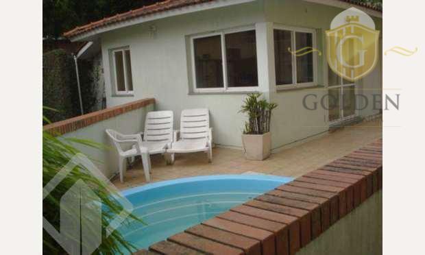 privativa 73,275total 78,955casa é de 3 pavimentos, lavabo, cozinha montada, churrasqueira, área coberta, lavanderia. ar split...