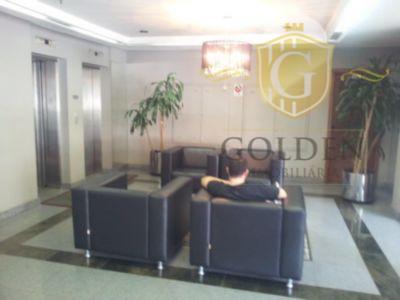 linda sala comercial, com divisórias, ar condicionado split, 32,70m² privativos, edifício imponente de esquina com portaria...