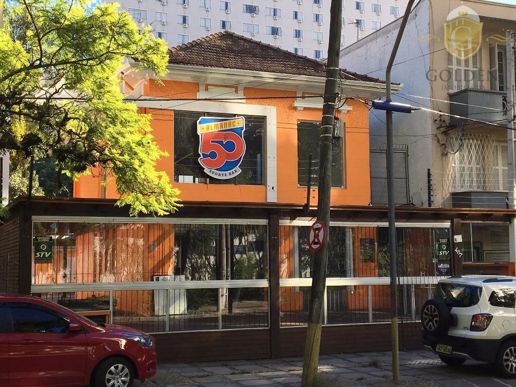 Casa Comercial, para locação, Rua Dr. Timóteo. Espaços amplos. Salões no térreo e andar superior. Em ótimo estado. Bairro Floresta, Porto Alegre.