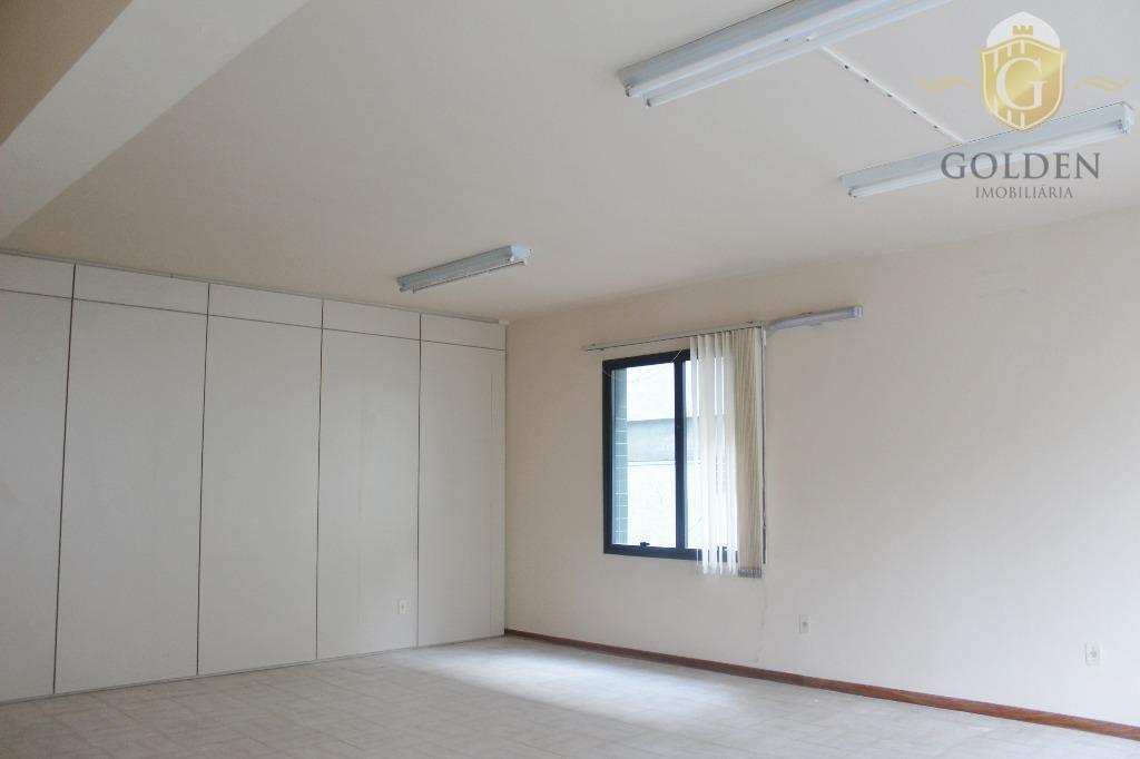 andar corporativo, bairro praia de belas, com várias salas. andar com 386,00 m² de área privativa....