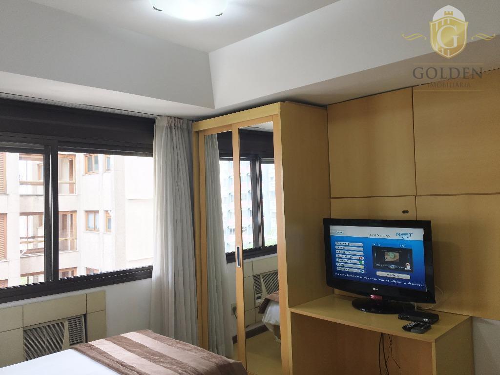 "apartamento, estilo estúdio. bairro bom fim. ambientes integrados. estande, tv 32"" e ar condicionado. tv a..."