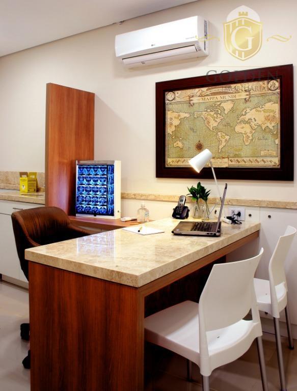 consultório médico, bairro bom fim, em frente ao hps, porto alegre. três consultórios e uma recepção...