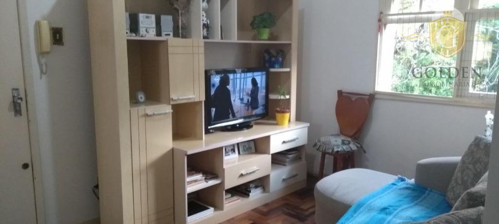 Apartamento com 2 dormitórios e vaga de garagem no bairro Santo Antônio