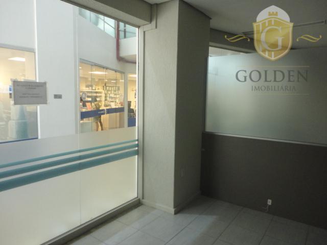 loja na senhor dos passos, bairro centro, banheiro social, mezanino, vitrine, 70m2, piso: cerâmica. próximo a...