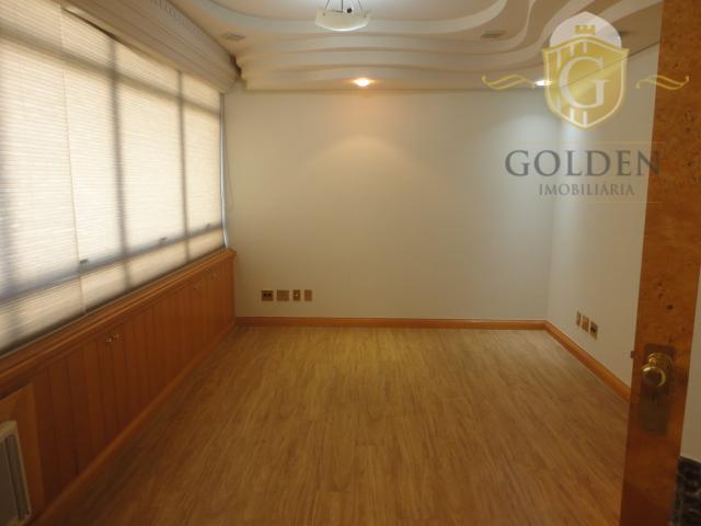sala, bairro moinhos de vento. área de 35 m² privativa. rua fernando gomes. sala de atendimento...
