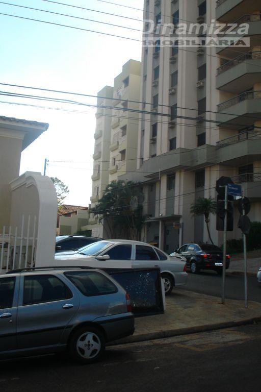 Apartamento residencial à venda, Mercês, Uberaba.