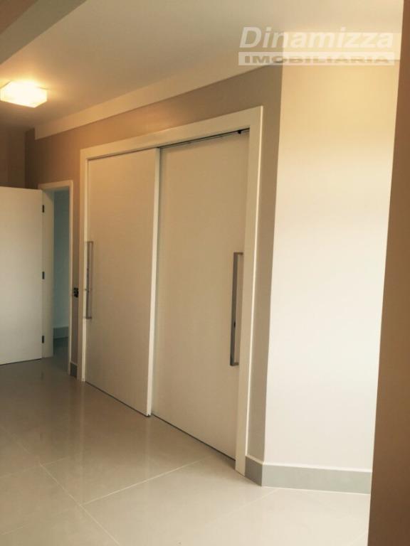 espetacular apartamento no edifício morada dos buzios.apto com 310m² de área útil, 100% reformado: pisos em...