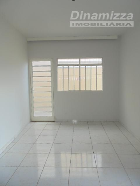 03 quartos, sendo 01 suite, armários completos, hall intimo, 03 salas ,copa, cozinha, quintal, área de...