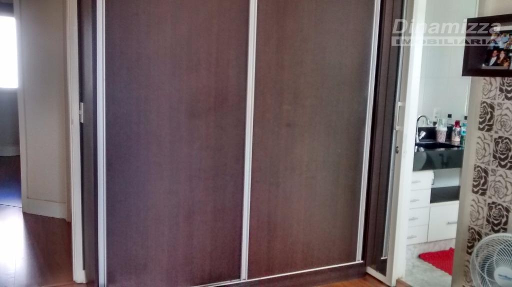 03 quartos s/ 01 suite, armários, hall intima, w.c. social, sala p/ 03 amb., cozinha planejada,...