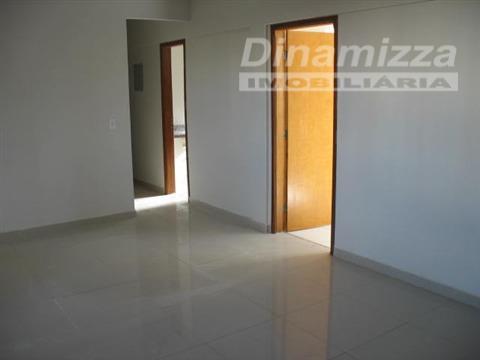 Apartamento Residencial à venda, Fabrício, Uberaba - AP0694.