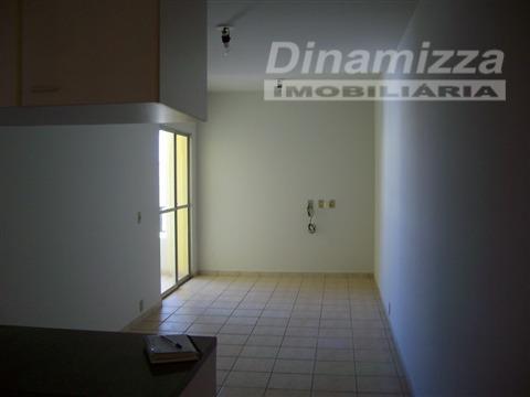 Apartamento residencial à venda, Universitário, Uberaba - AP0488.