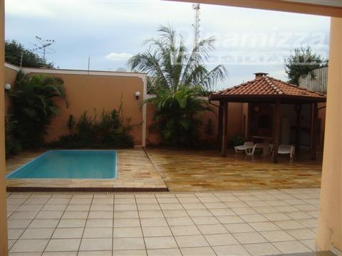 Casa Residencial à venda, Mercês, Uberaba - CA0647.
