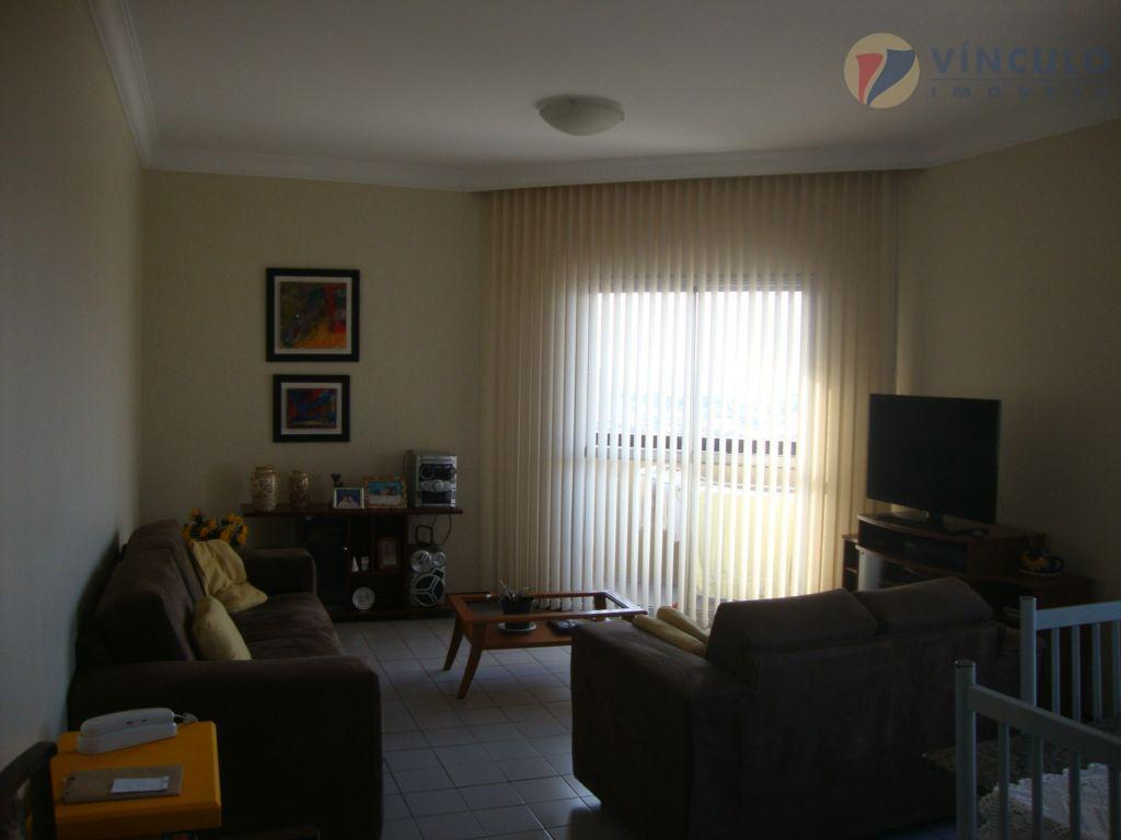 Apartamento residencial à venda, Santa Maria, Uberaba - AP0426.