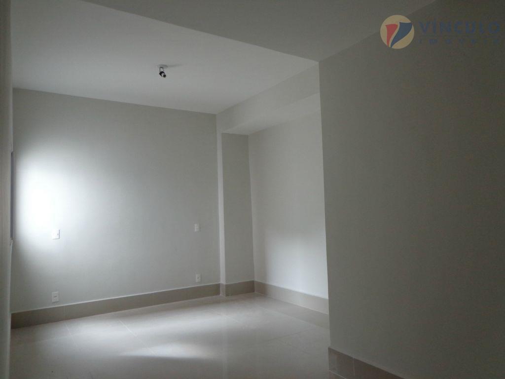 Apartamento residencial à venda, Abadia, Uberaba - AP0552.