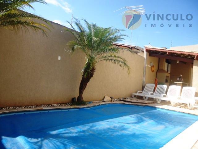 Casa residencial à venda, Jardim São Bento, Uberaba - CA0763.