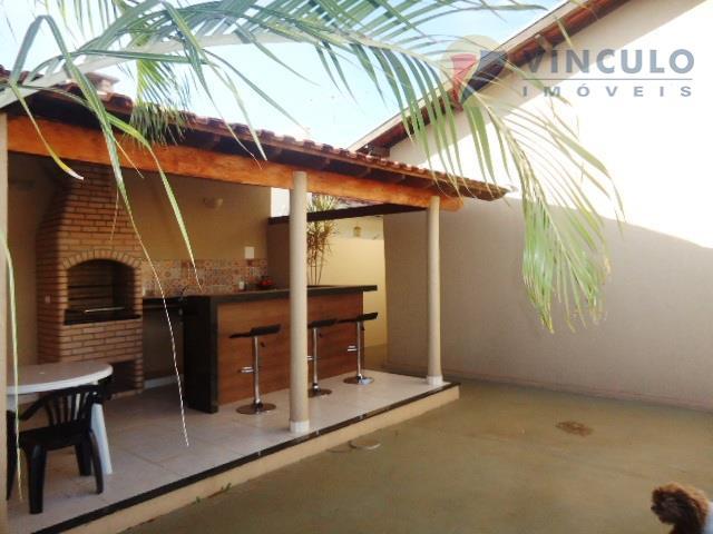 Casa residencial à venda, Jardim São Bento, Uberaba - CA0795.