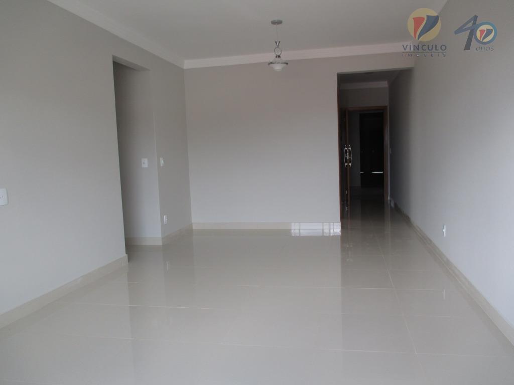 Apartamento residencial à venda, Estados Unidos, Uberaba - AP0701.