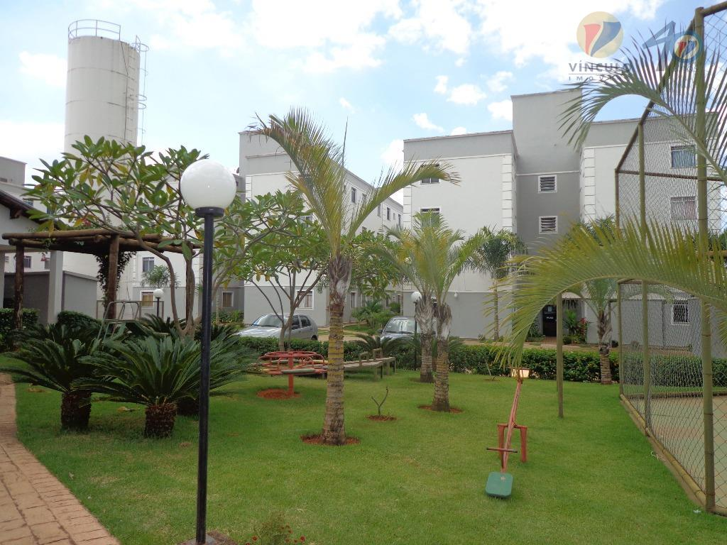 Apartamento residencial à venda, Universitário, Uberaba - AP1074.