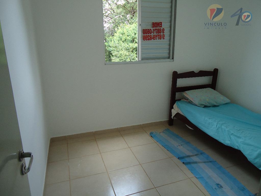 ótimo apartamento , com 2 quartos , sala com cozinha integrada, banheiro social e 1 vaga...