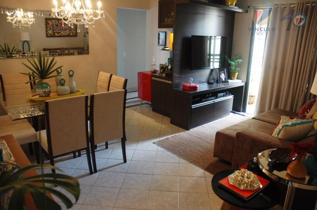 Apartamento residencial à venda, São Benedito, Uberaba - AP1520.
