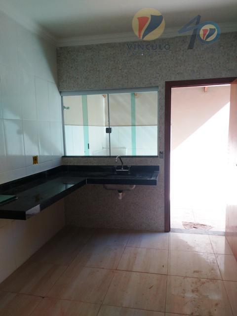 casa nova, ótima localização, com 03 quartos sendo 01 suíte, sala , cozinha , banheiro social,...