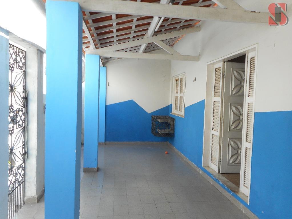 Casa com 2 quartos e 200m² no Mondubim.