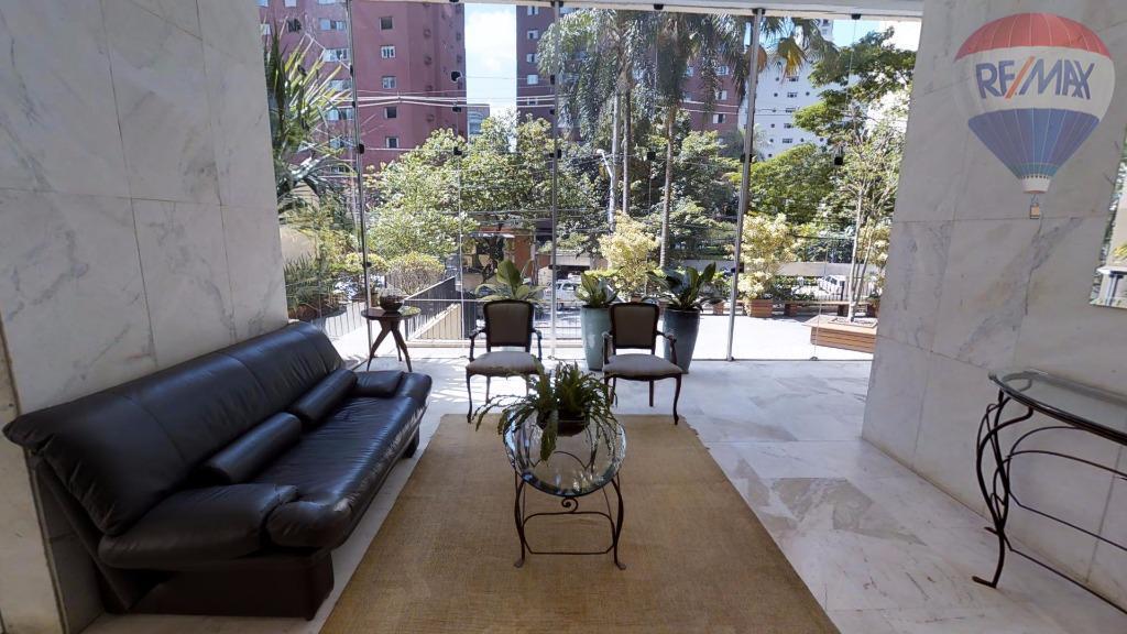 Apartamento residencial à venda, Itaim Bibi, São Paulo - AP1631.