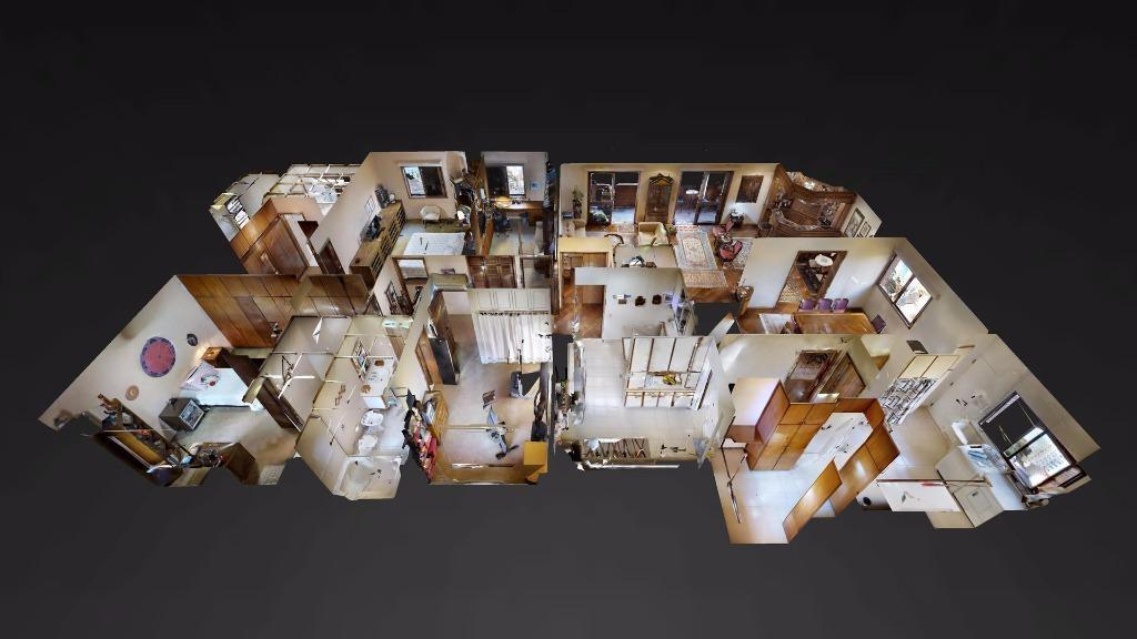 arquitetura moderna da década de oitenta em rua pequena e nobre no itaim bibi. edifício com...