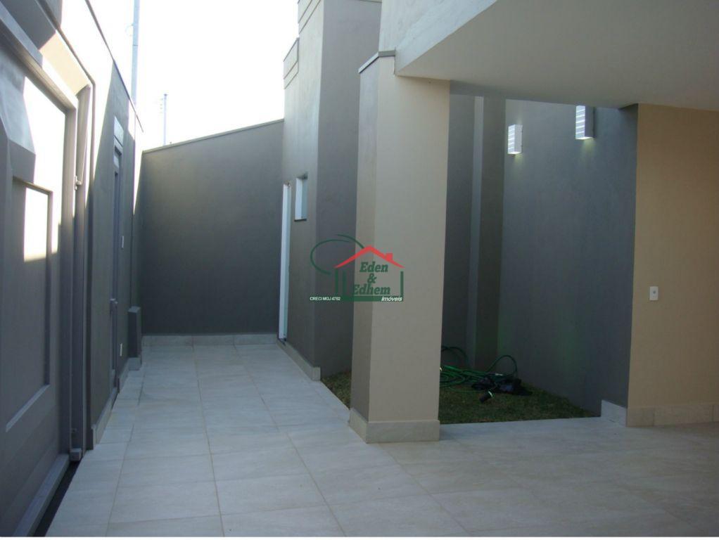 Casa residencial à venda, Jardim Espírito Santo, Uberaba.