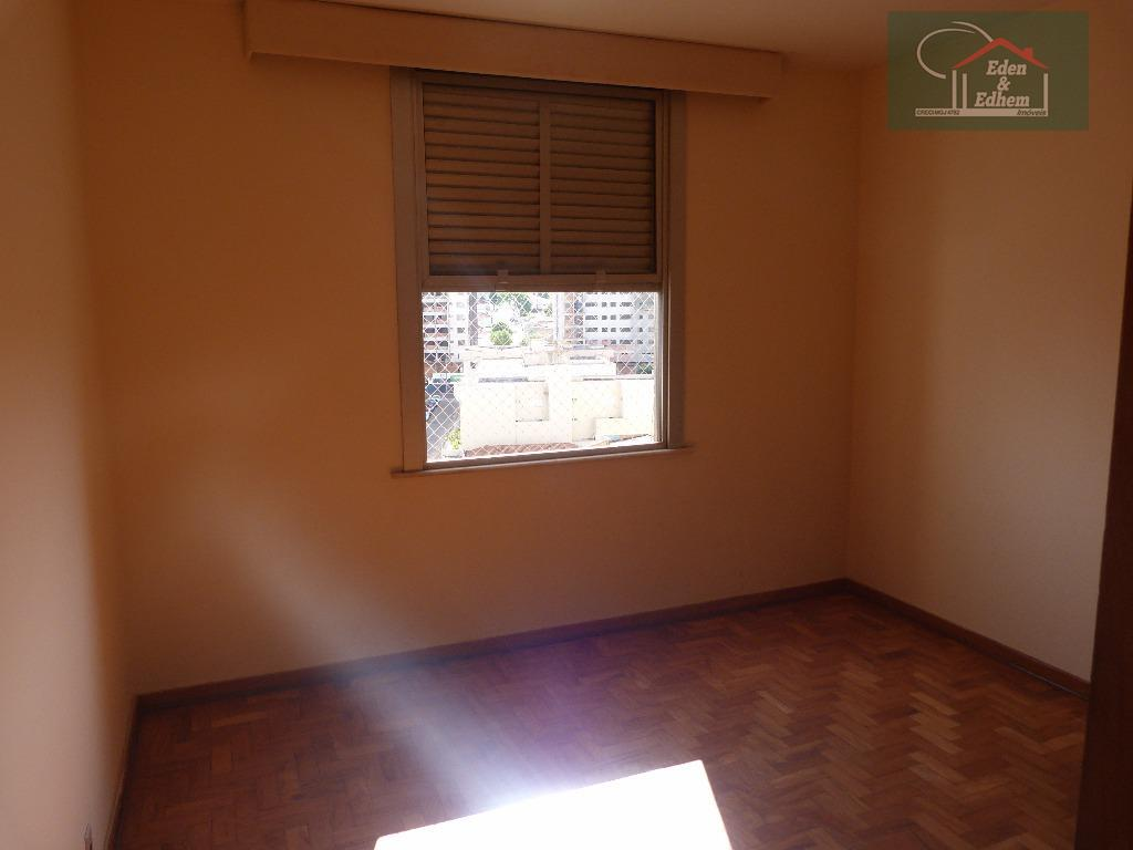 04 dormitórios sendo 01 suíte c/ closet e 01 reversível, sala, cozinha, lavabo, banho social, lavanderia,...