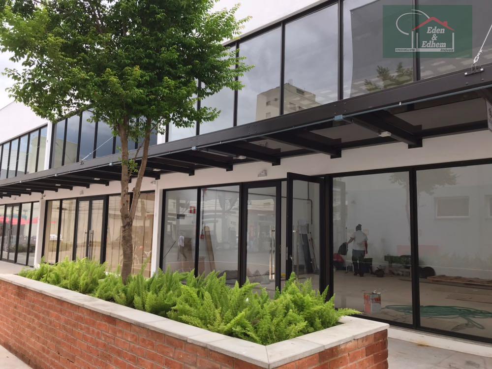 loja de 67,20 m² , sendo r$60,00 o m² no pavimento térreo, mais despesas de condomínio.acabamento...
