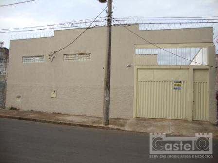 Casa  residencial para locação, Parque São Geraldo, Uberaba.