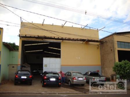 Galpão  comercial para locação, Vila São Cristóvão, Uberaba.