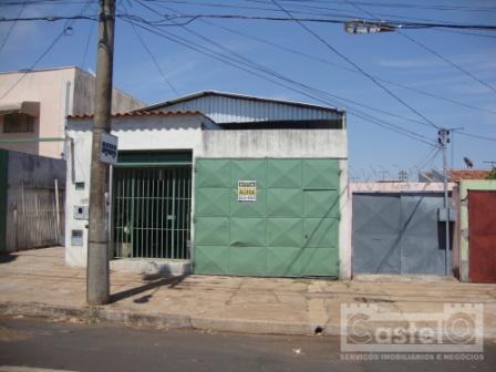 Casa  residencial para locação, Vila Militar, Uberaba.