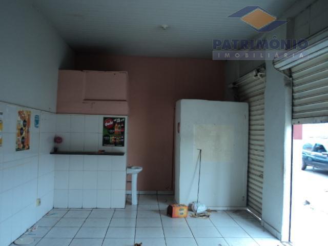 ponto comercial,são benedito,aproximadamente 40,00m²,cozinha , banheiro.