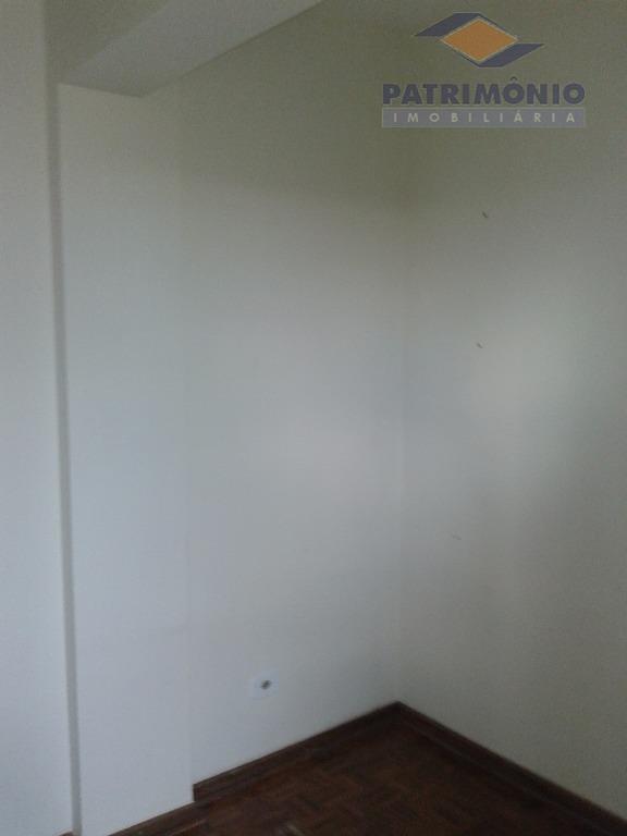 apartamento- 04 quartos sendo 01 suite, 04 salas,banho social, lavabo, cozinha, área de serviço, portaria, elevador,...