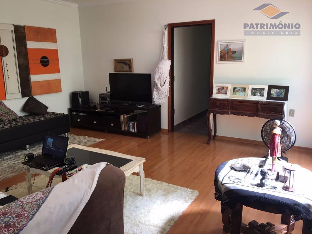 ótima localização - 3 qts. (1 suíte c/ arms. e hidro.), ampla sala, escritório, copa/cozinha planejada,...