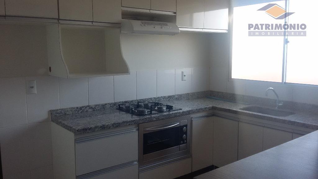 Apartamento residencial à venda, Conjunto Umuarama, Uberaba.