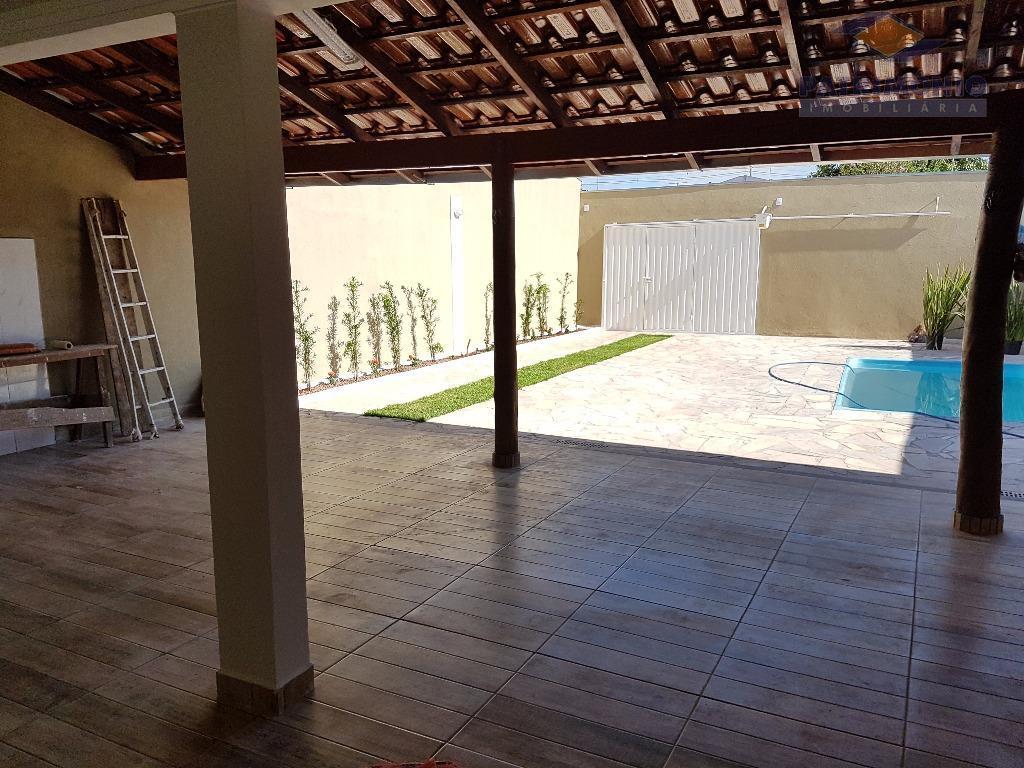 Casa residencial à venda, Pacaembu, Uberaba.