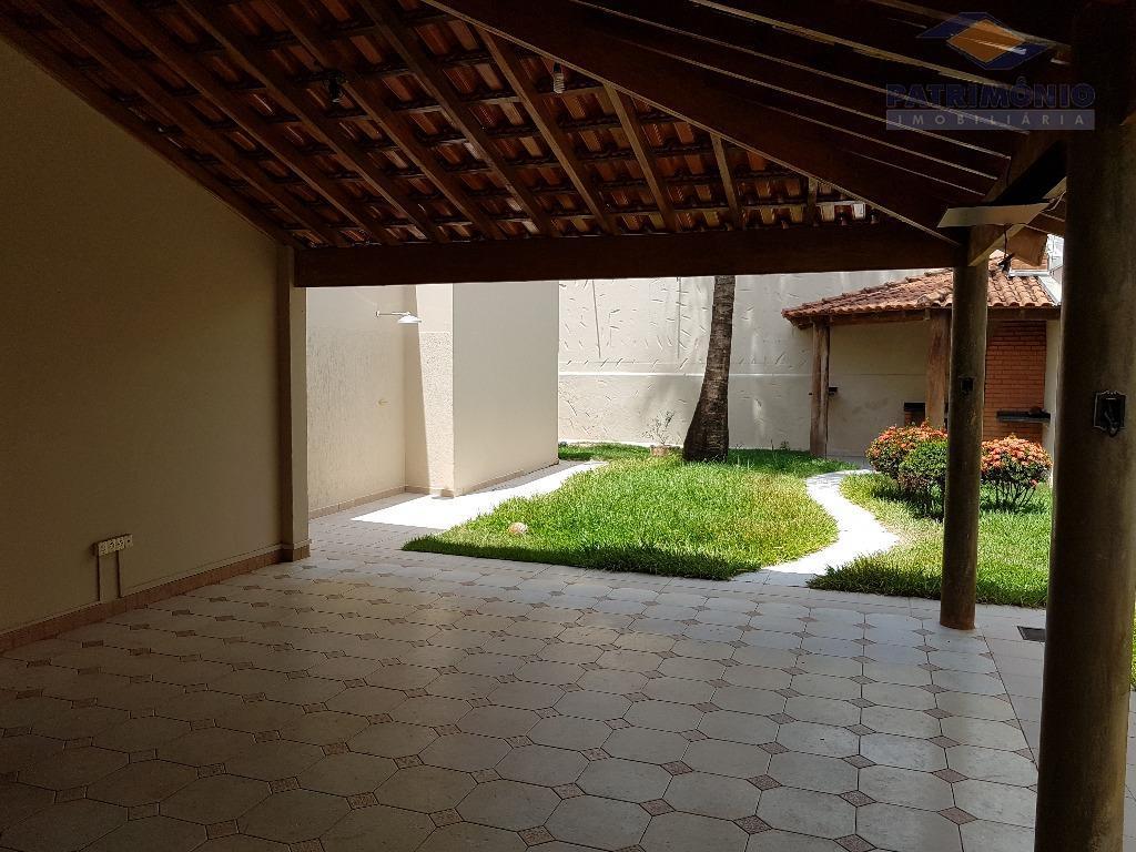 Casa residencial à venda, Jardim São Bento, Uberaba.