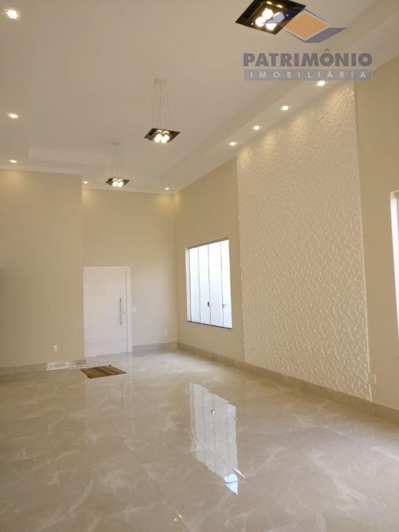 casa nova - 3 suítes, sala 2 ambts. (pé direito duplo), escritório, cozinha planejada, despensa, área...
