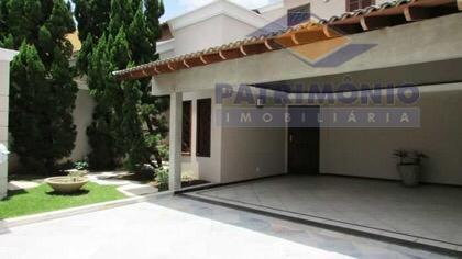 Casa com 4 dormitórios à venda, 450 m² por R$ 1.000.000 - Santa Maria - Uberaba/MG