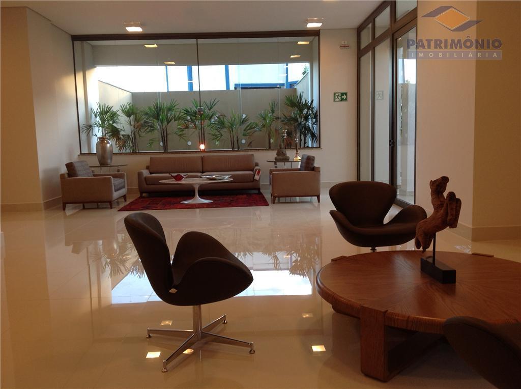 3 suites , lavabo, sala de estar/jantar/tv, cozinha, área de serviço, varanda gourmet, garagens