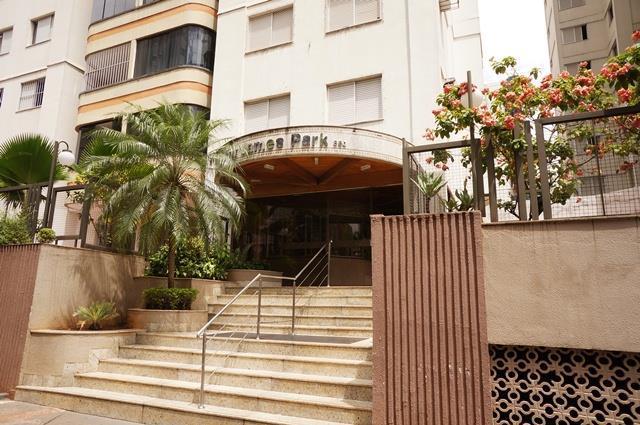 Edifício Saint James Park, Setor Bueno - Goiânia-GO
